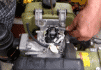 проверка выпускных и впускных клапанов