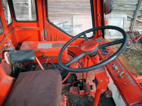 Кабина трактора Т-16