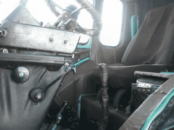 Кабина трактора МТЗ-80