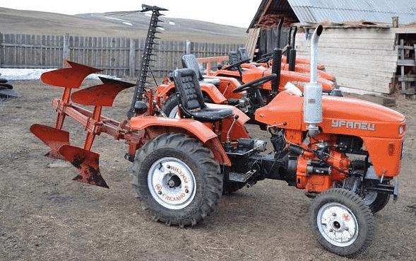 Достоинства и недостатки трактора «Уралец» 220