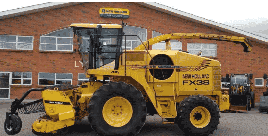 Комбайн New Holland FX 38