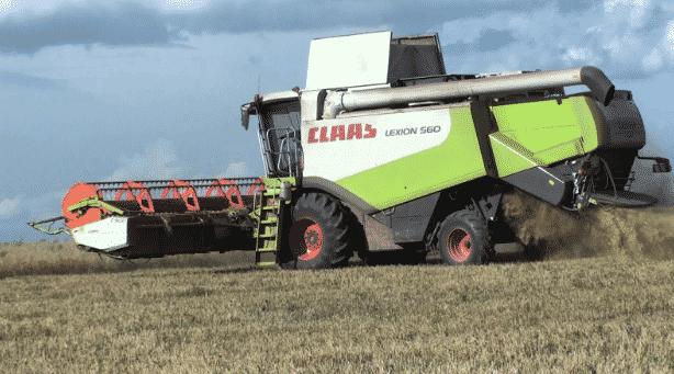 Зерноуборочный комбайн Claas Lexion 560