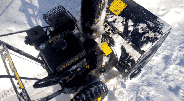 4-е место – Champion ST656 в рейтенге снегоуборщиков