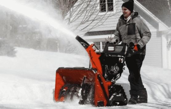 Колесные и гусеничные снегоочистители – где лучше использовать