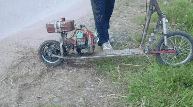 Как сделать мотосамокат из бензопилы
