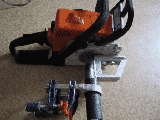 Лодочный мотор-приставка к бензопиле
