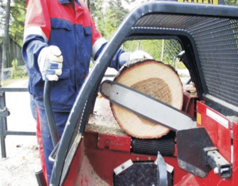 Виды приспособлений для распиловки древесины бензопилой для поперечного распила