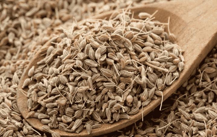 Как вывести муравьёв с огорода с помощью аниса